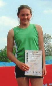 Theresa Vögele von der DJK Welschensteinach wurde in Achern Ortanaumeisterin Im Blockmehrkampf Wurf.